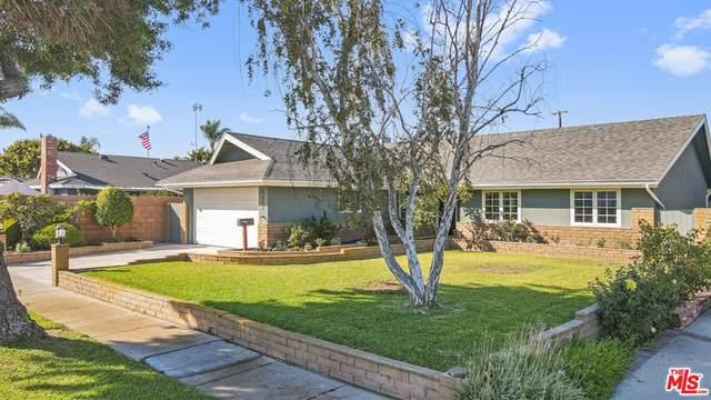 5601 Middlecoff Drive, Huntington Beach, CA 92649 (#21796846) :: The Kohler Group
