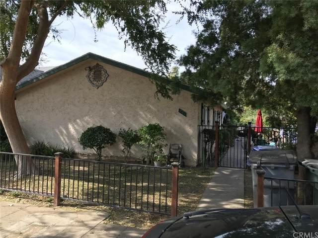 731 E La Sierra Drive, Fresno, CA 93728 (#FR21231755) :: Compass