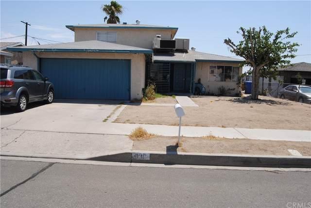 631 Elm Drive, Barstow, CA 92311 (#CV21231807) :: Compass