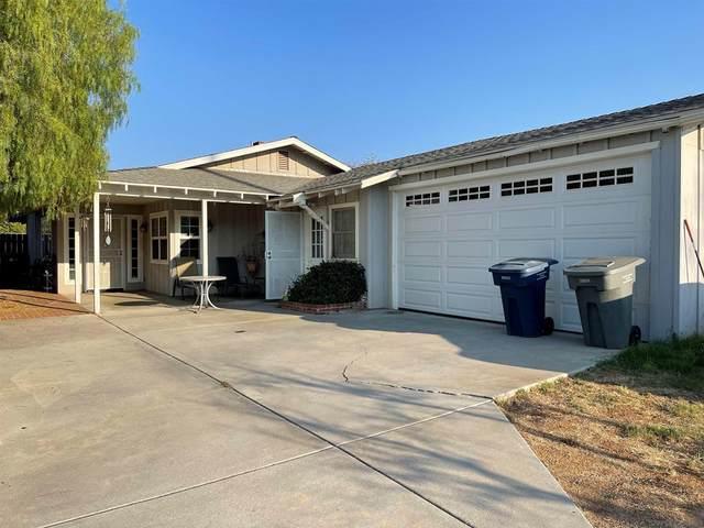 2140 Miller Ave, Escondido, CA 92025 (#210029305) :: RE/MAX Empire Properties