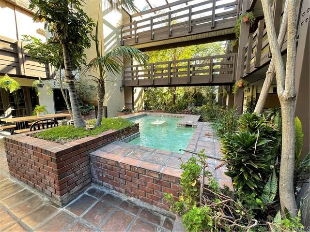 320 S Ardmore Avenue #103, Los Angeles (City), CA 90020 (#TR21232113) :: Mark Nazzal Real Estate Group