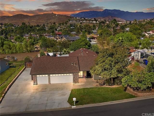 7711 Lippizan Drive, Jurupa Valley, CA 92509 (#IG21231089) :: Blake Cory Home Selling Team