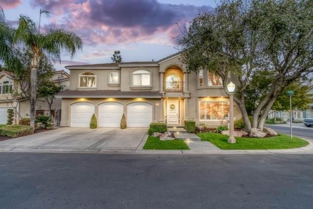 7204 Chris Avenue, Fresno, CA 93720 (#ML81867539) :: Compass
