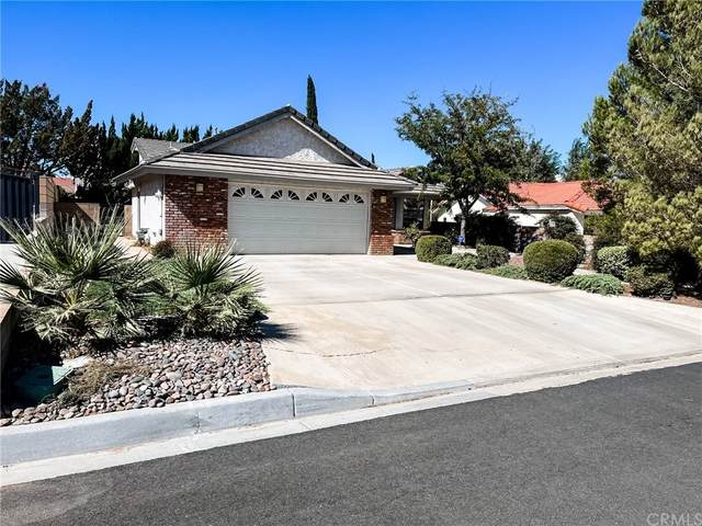 12552 Foxtail Lane, Victorville, CA 92395 (#CV21232650) :: The Miller Group