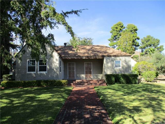 231 Lombardy Lane, Banning, CA 92220 (#EV21232786) :: Necol Realty Group