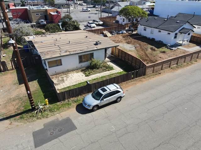 1002 S Tremont Street, Oceanside, CA 92054 (#NDP2111958) :: Blake Cory Home Selling Team