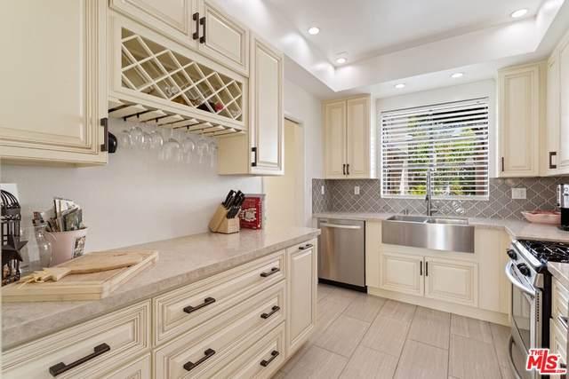 8687 Falmouth Avenue #102, Playa Del Rey, CA 90293 (#21797754) :: Bill Ruane RE/MAX Estate Properties