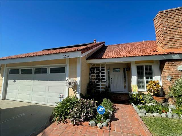 2617 Evelyn Avenue, West Covina, CA 91792 (#CV21233080) :: Zutila, Inc.