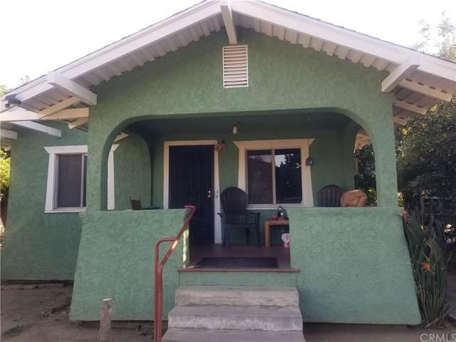 260 W 10th Street, Pomona, CA 91766 (#IV21232951) :: The Kohler Group