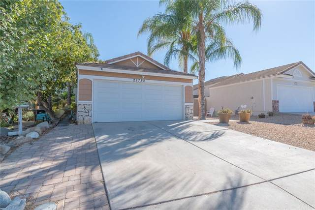 27782 Cannon Drive, Menifee, CA 92585 (#SW21232998) :: Team Forss Realty Group