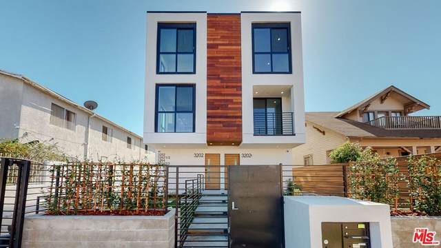 3204 1/2 W 16Th Place 1/2, Los Angeles (City), CA 90019 (#21797744) :: Wendy Rich-Soto and Associates