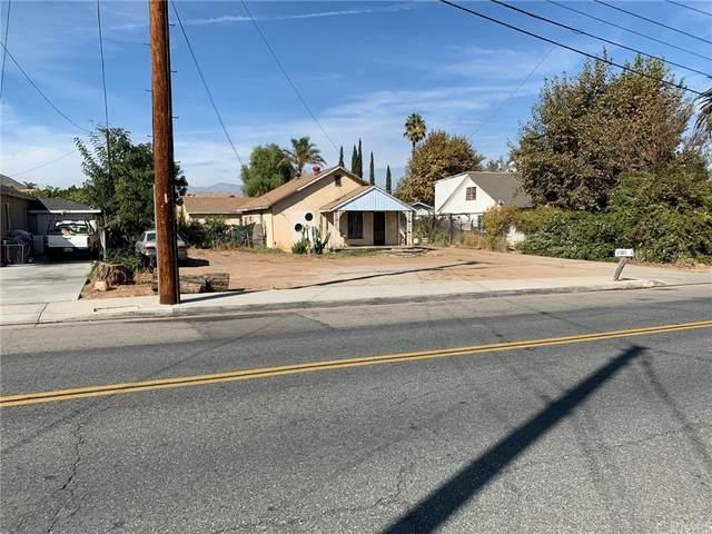 11181 Norwood Avenue, Riverside, CA 92505 (#IV21232604) :: A G Amaya Group Real Estate