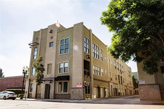 230 N Bush Street, Santa Ana, CA 92701 (#OC21233078) :: Cane Real Estate