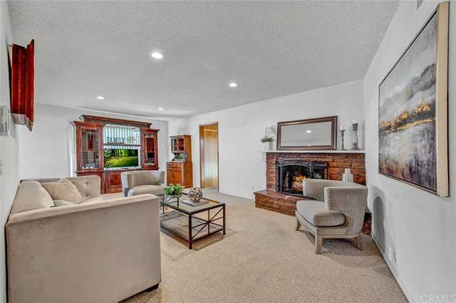 11162 Faye Avenue, Garden Grove, CA 92840 (#OC21231999) :: Mark Nazzal Real Estate Group