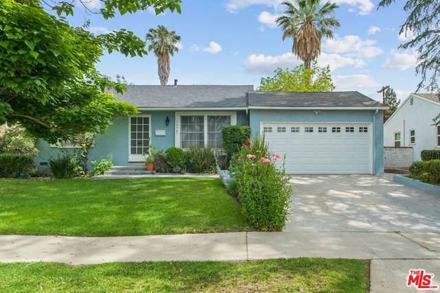 16907 Bassett Street, Van Nuys, CA 91406 (#21797992) :: Compass