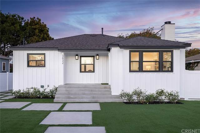 3832 Berryman Avenue, Los Angeles (City), CA 90066 (#SR21233631) :: Mark Nazzal Real Estate Group