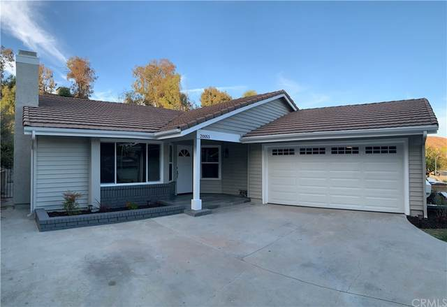 20055 Dorothy Street, Canyon Country, CA 91351 (#DW21231840) :: Compass