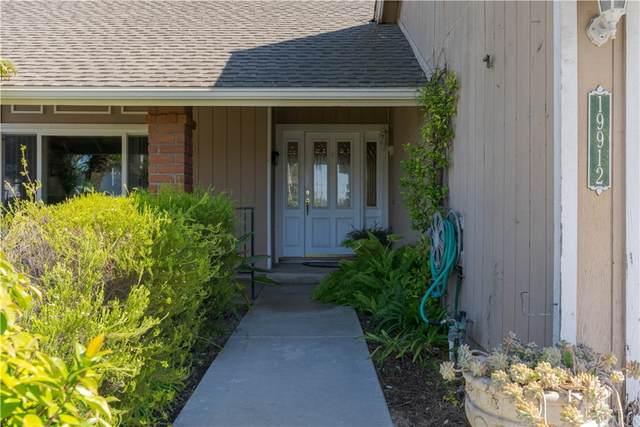 19912 Felcliff Lane, Huntington Beach, CA 92646 (#PW21231681) :: Mark Nazzal Real Estate Group