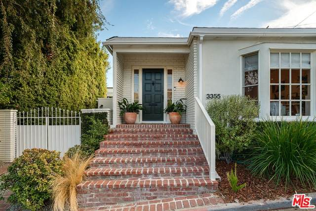 3355 Wood Terrace, Los Angeles (City), CA 90027 (#21797070) :: Mainstreet Realtors®