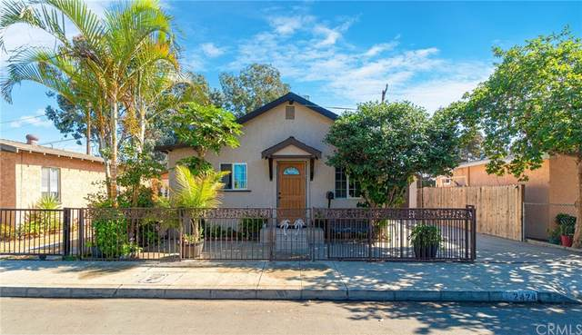 2424 Gale Avenue, Long Beach, CA 90810 (#PW21233322) :: Dave Shorter Real Estate