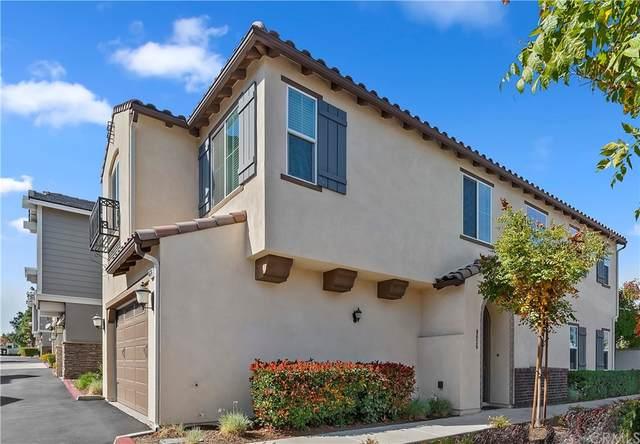 8626 Stoneside, Rancho Cucamonga, CA 91730 (#CV21232839) :: Compass