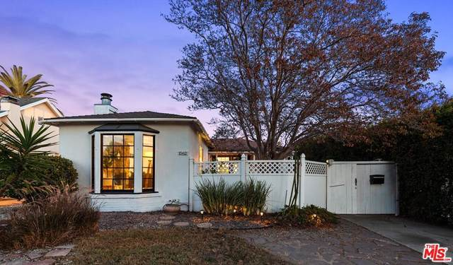 1562 S Spaulding Avenue, Los Angeles (City), CA 90019 (#21797818) :: Wendy Rich-Soto and Associates