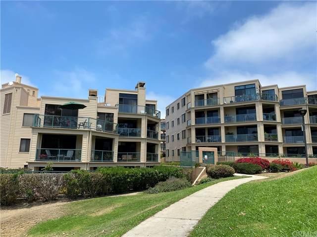 130 The Village #106, Redondo Beach, CA 90277 (#SB21232236) :: Wendy Rich-Soto and Associates