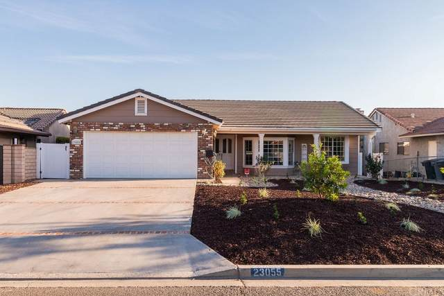 23055 Compass Drive, Canyon Lake, CA 92587 (#SW21234106) :: eXp Realty of California Inc.