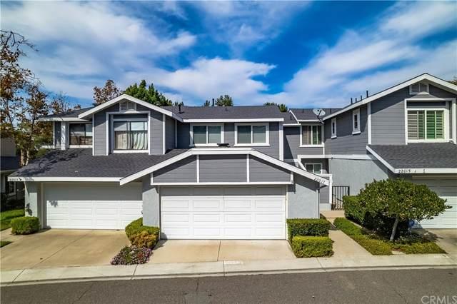 22017 Newbridge Drive #20, Lake Forest, CA 92630 (#OC21234369) :: The Miller Group