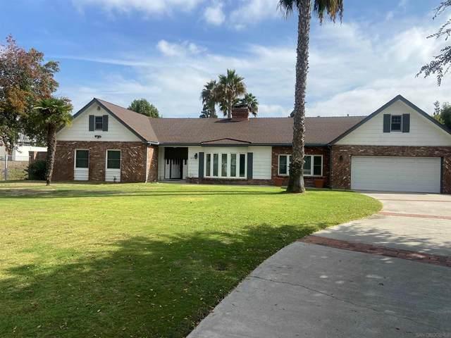 1671 Maple Dr., Chula Vista, CA 91911 (#210029628) :: RE/MAX Empire Properties