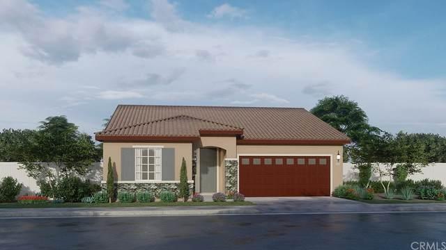 15618 Parry Peak Drive, Fontana, CA 92336 (#SW21234924) :: Blake Cory Home Selling Team