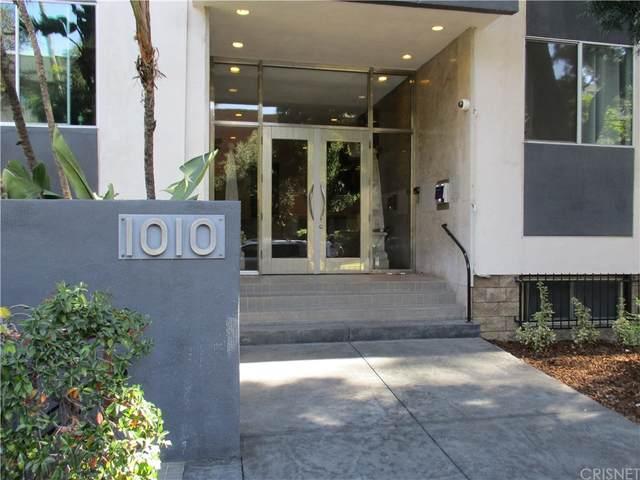 1010 N Kings Road #215, West Hollywood, CA 90069 (#SR21217736) :: Twiss Realty