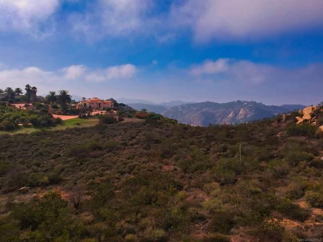 30522 Via Cantamar, Escondido, CA 92026 (#210029691) :: Fox Real Estate Team
