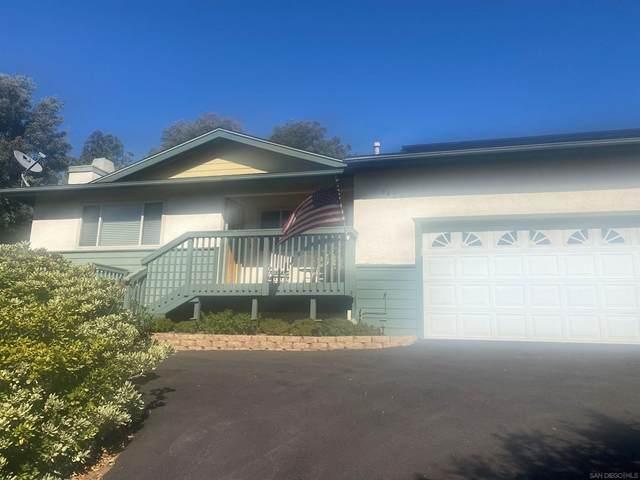 8425 Vista Del Cajon Place, Lakeside, CA 92040 (#210029707) :: RE/MAX Empire Properties