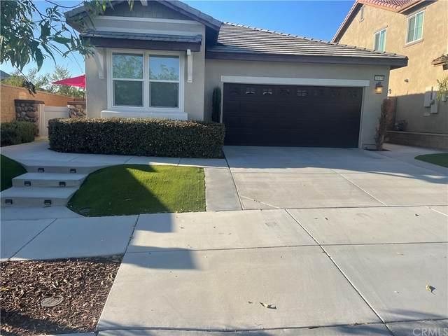 31870 Straw Lily Drive, Murrieta, CA 92563 (#SW21235666) :: Blake Cory Home Selling Team