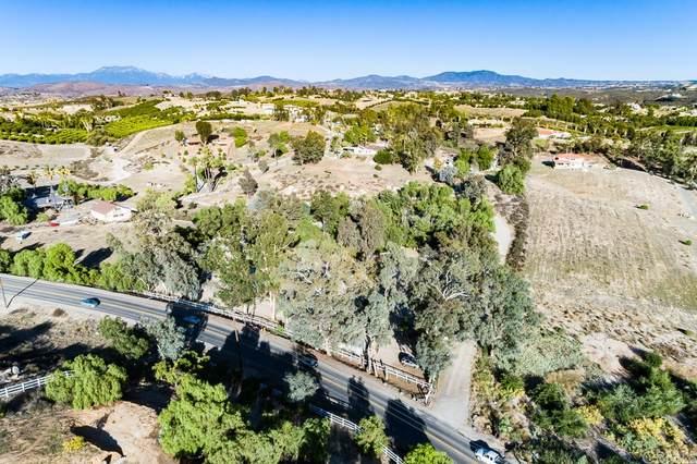 38580 Mesa Road, Temecula, CA 92592 (#SW21235711) :: Blake Cory Home Selling Team