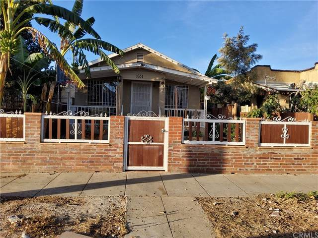 1631 W 59th Place, Los Angeles (City), CA 90047 (#RS21236260) :: Team Tami