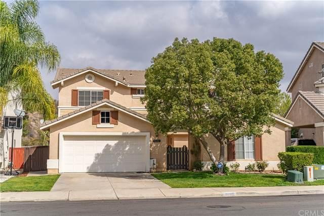 8640 Rolling Hills Drive, Corona, CA 92883 (#CV21235994) :: Rogers Realty Group/Berkshire Hathaway HomeServices California Properties