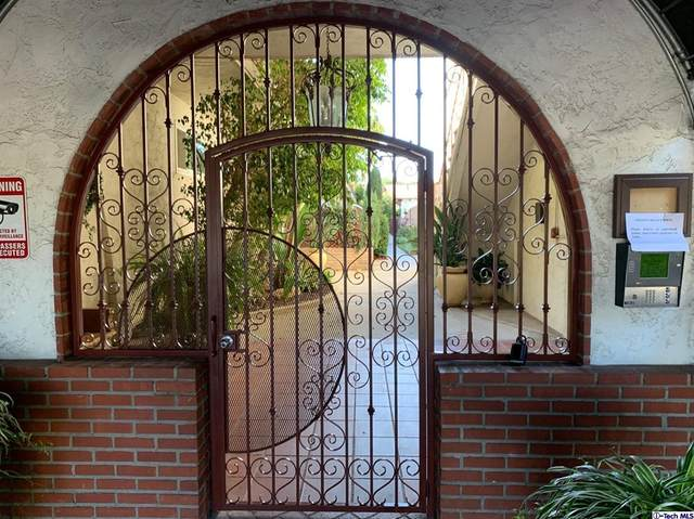 5229 Balboa Boulevard #24, Encino, CA 91316 (#320008179) :: Steele Canyon Realty
