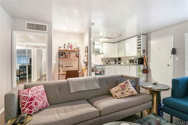 970 Palm Avenue #218, West Hollywood, CA 90069 (MLS #PW21021912) :: Desert Area Homes For Sale