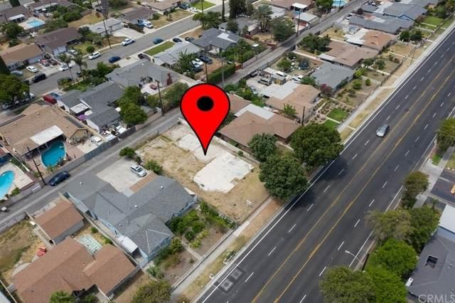 142 W Orangewood Avenue, Anaheim, CA 92802 (#OC21147936) :: Zutila, Inc.