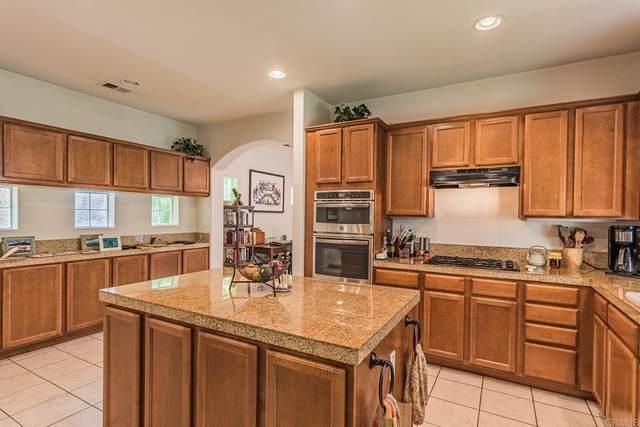 708 N Tremont Street N, Oceanside, CA 92054 (#NDP2108366) :: Mark Nazzal Real Estate Group