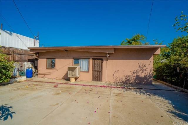 9919 Bloomington Avenue, Bloomington, CA 92316 (#CV21156919) :: Eight Luxe Homes
