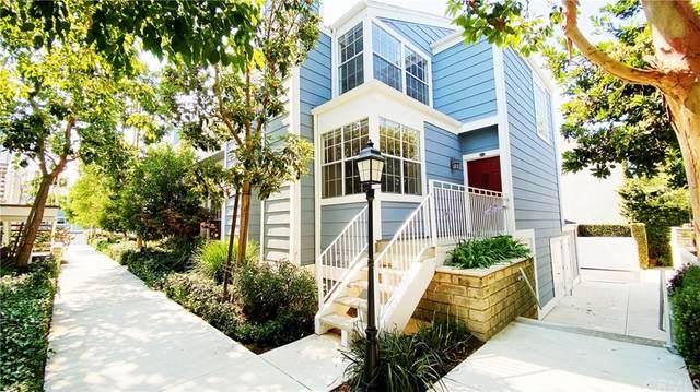 872 Halyard #14, Newport Beach, CA 92663 (#OC21145864) :: Zen Ziejewski and Team