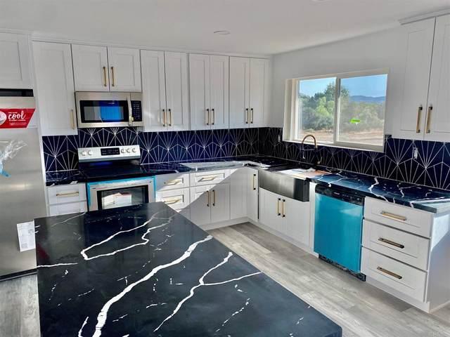 14465 Fruitvale Road, Valley Center, CA 92082 (#PTP2105068) :: Robyn Icenhower & Associates