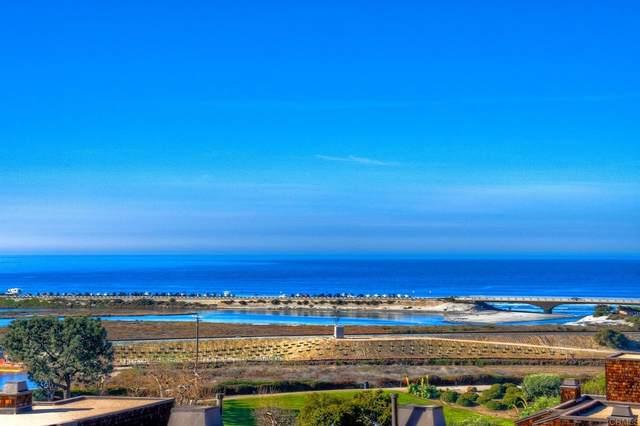 13084 Caminito Del Rocio, Del Mar, CA 92014 (#NDP2108588) :: Eight Luxe Homes
