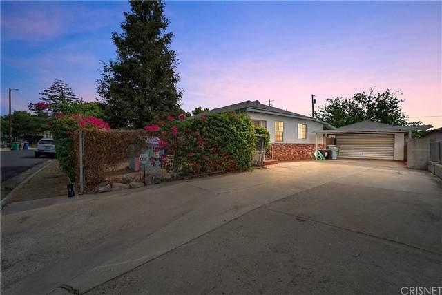3006 Peerless Avenue, Bakersfield, CA 93308 (#SR21164864) :: Eight Luxe Homes