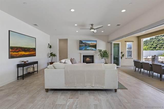 1364 Vista Ave, Escondido, CA 92026 (#210021519) :: Cochren Realty Team | KW the Lakes