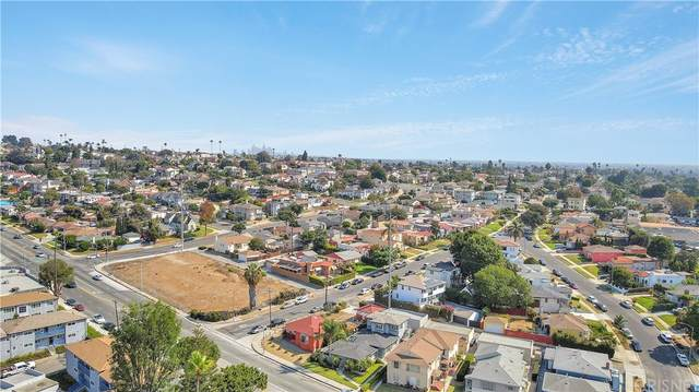 6254 S La Brea Avenue, Ladera Heights, CA 90056 (#SR21175730) :: RE/MAX Empire Properties