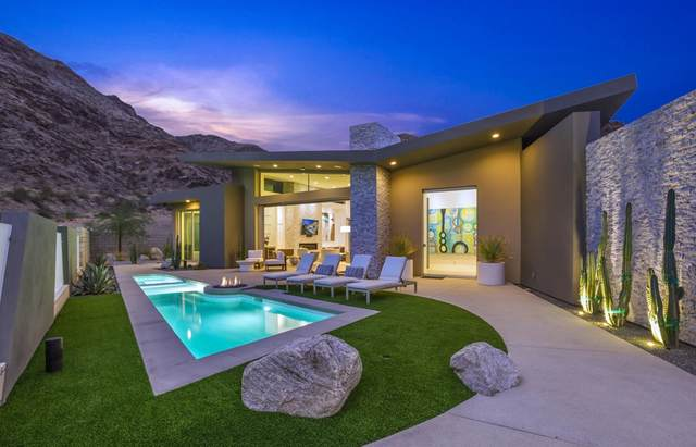 1747 Pinnacle, Palm Springs, CA 92264 (#219066284PS) :: Steele Canyon Realty